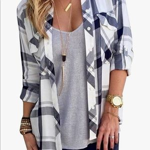 Women's Plaid Buttoned Long Sleeve Top
